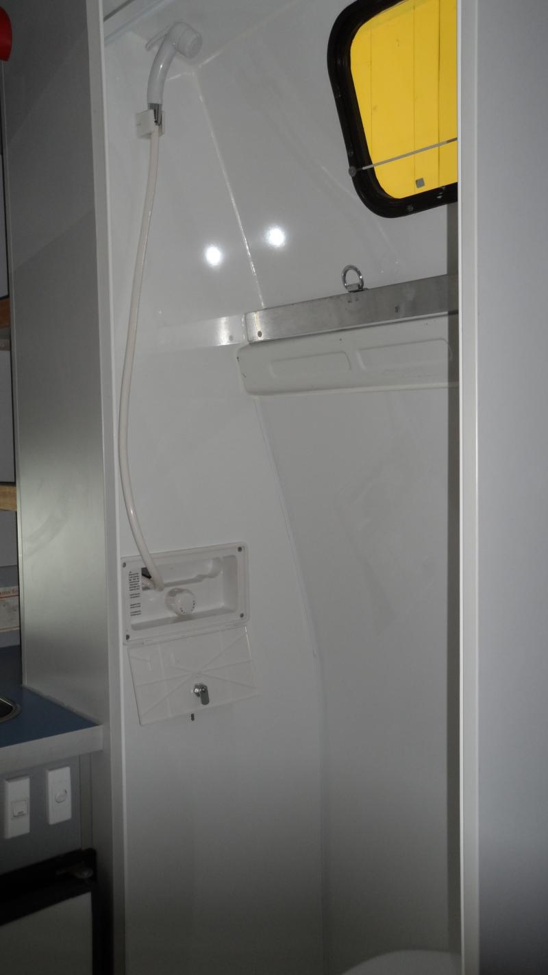 Paradise 5 Seat Campervan With Shower Amp Toilet For Hire